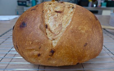CARAMELISED RED ONION BREAD