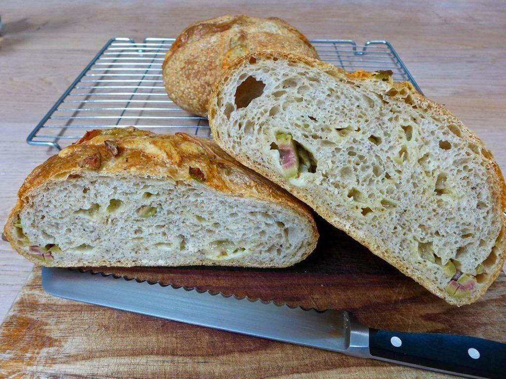 Dr Doughlittle   Gruyere Cheese Bread