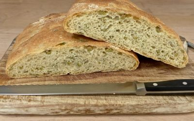GREEN OLIVES AND ROSEMARY BREAD