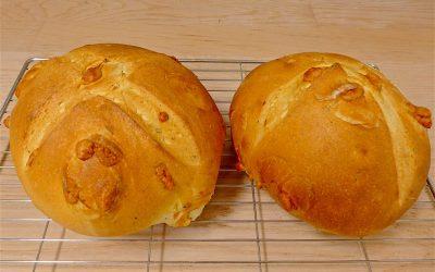 ITALIAN PICORINO ROMANO CHEESE & HERB BREAD