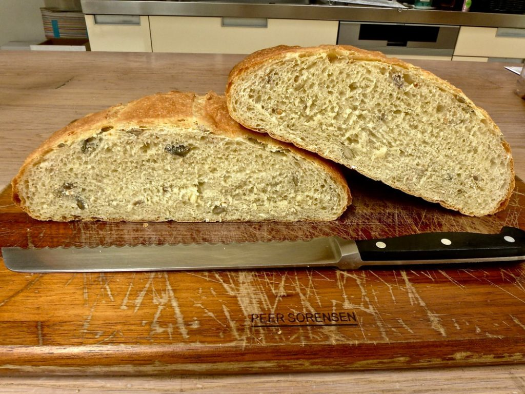 Dr Doughlttle | Bread Baking | Soft grain bread