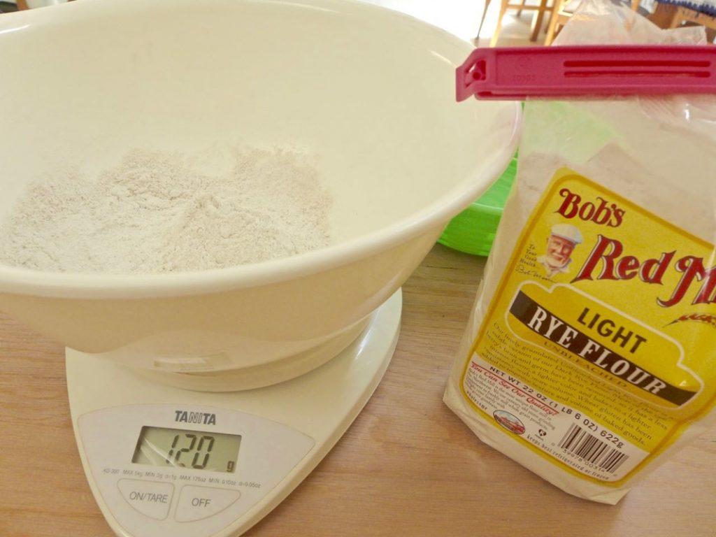 Bob's Red Mills Rye Flour | Dr Doughlittle