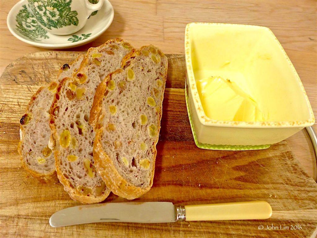 Walnut and Golden Raisin bread | Dr Doughlittle
