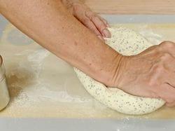 Dr Doughlittle | hand kneading