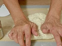 Kneading process   Dr Doughlittle