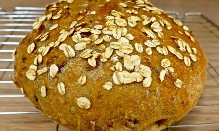 ROLLED OATS NO KNEAD BREAD